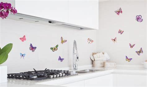Fliesenaufkleber Schmetterling by Farbenspa 223 In Bad Und K 252 Che Mit Tollen Fliesenaufklebern