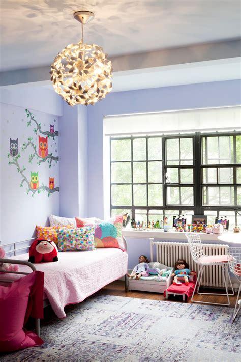 Photos Hgtv Girls Bedroom With Lavender Walls Pinwheel