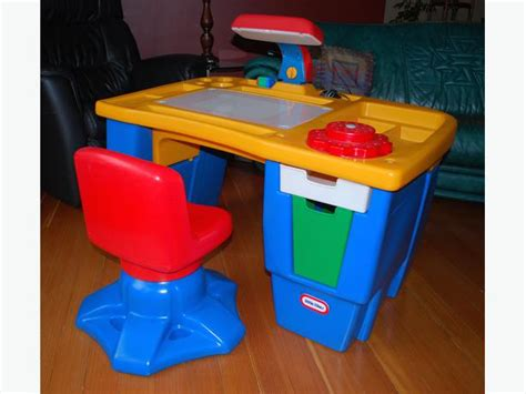 Tikes Desk With L And Chair by Tikes Activity Desk City