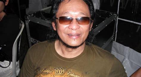 Di dunia musik, deddy dores adalah fenomena unik. Nicky Astria Sebut Deddy Dores Sang Pemilik Mantra ...