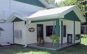23 niches originales qui feraient le bonheur de votre chien With outdoor dog kennel attached to house