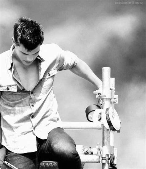 Taylor Lautner   Taylor lautner, Taylor kitsch, Jacob ...