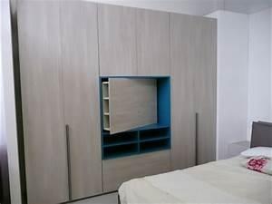 Emejing Armadio Con Tv Ideas - Idee Arredamento Casa - baoliao.us