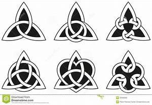 Symboles De Protection Celtique : tatouage celtique famille mod les et exemples ~ Dode.kayakingforconservation.com Idées de Décoration