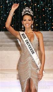 Miss Universe 2006-Zuleyka Rivera | The Art of Pageantry ...