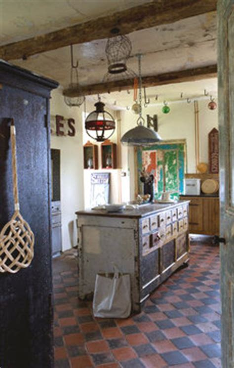 cuisine de charme ancienne décoration cuisine ma cuisine aux airs de brocante