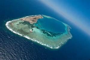 9M Pulau Layang Layang AS-051   DxCoffee