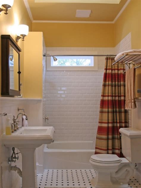 1000+ ideas about Cape Cod Bathroom on Pinterest