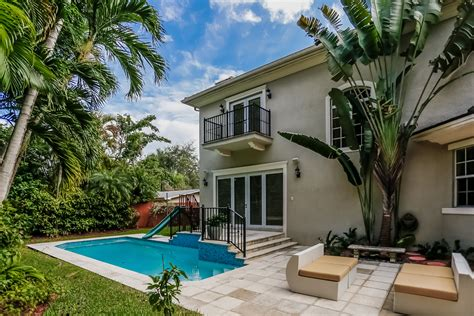 high pines miami real estate works