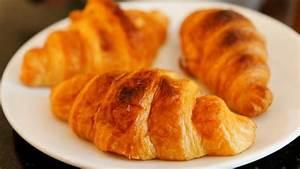 Frankreich Essen Spezialitäten : croissants das beliebte fr hst cksgeb ck ganz einfach selber machen ~ Watch28wear.com Haus und Dekorationen