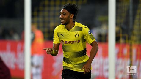 P-E Aubameyang, the fastest player on FIFA 18 and PES 2018 ...