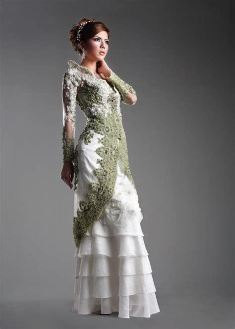 modern kebaya evolution  indonesian traditional dress