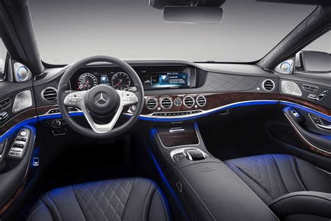 mercedes maybach  class unveiled autobics