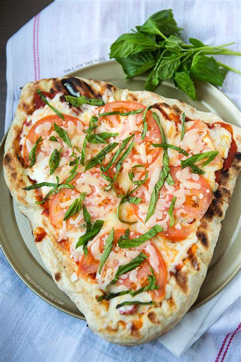 grilled caprese pizza table    julie wampler