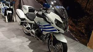 Bmw R 1200 Rt 2017 : bmw r 1200 rt police 2017 in detail review walkaround interior exterior youtube ~ Nature-et-papiers.com Idées de Décoration