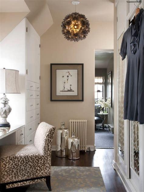 Das Ankleidezimmer Moderne Wohnideeneinrichtungsidee Fuer Ankleidezimmer ankleidezimmer dachschr 228 ge ein attraktives
