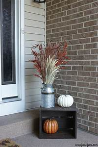 Front-porch-fall-decor-milk-can
