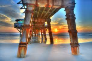 reasons   daytona beach  weekday getaway