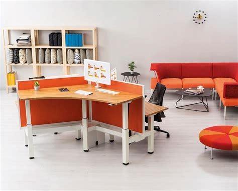 herman miller bureau herman miller 39 s quot augment quot office furniture adjusts its