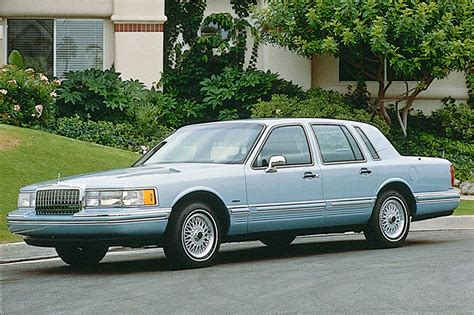 blue book used cars values 1990 lincoln continental mark vii engine control 1990 97 lincoln town car consumer guide auto