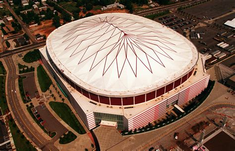 A Look Back At The History Of The Georgia Dome | 90.1 FM WABE