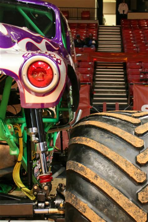 monster truck show in birmingham al birmingham alabama monster jam january 7 2012 2pm