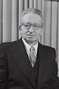 Yitzhak Ben-Zvi - Wikipedia  Ben