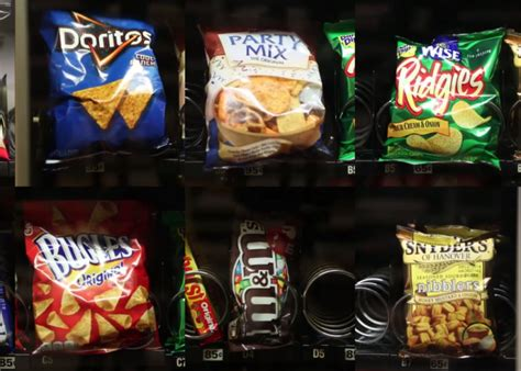 Vending machine trick: How to free stuck items (VIDEO).