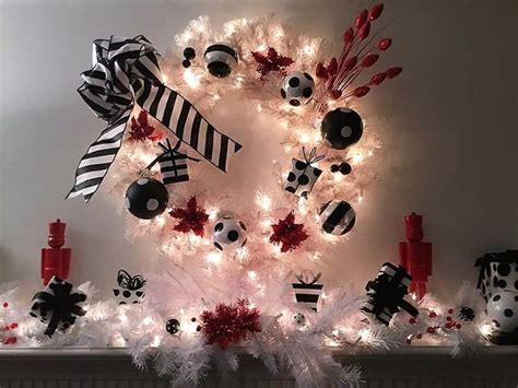 251 Best Black & White Christmas Tree Ideas Images On Pinterest  White Christmas Trees, Casual