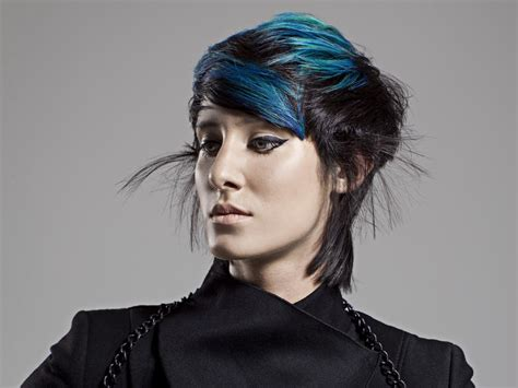 blue  black hair color contrast