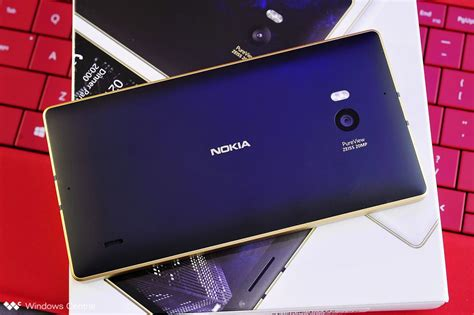 this is the special golden edition nokia lumia 930