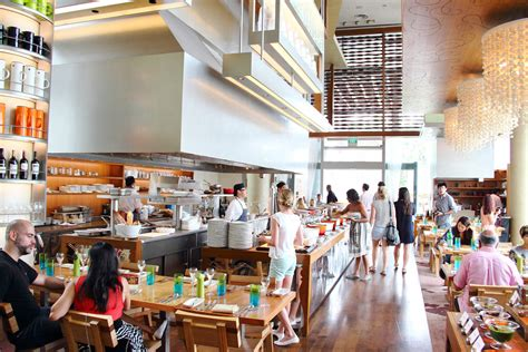 the kitchen table w hotel best hotel buffets top buffet restaurants in singapore