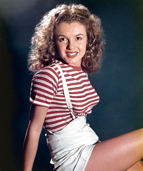 marilyn monroe young see photos of the star before she