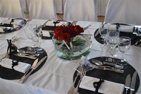 deco table mariage noir et blanc d 233 cors blanc noir et 224 la ferme de drumare centre de table floral mariage