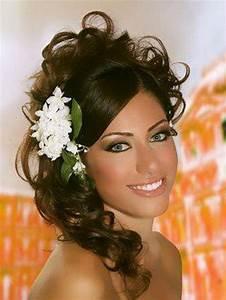 Coiffure Femme Pour Mariage : coiffure mariage oriental ~ Dode.kayakingforconservation.com Idées de Décoration