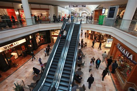Garden State Plaza K Hit by Brings Day Of Shopping To A New Jersey Town