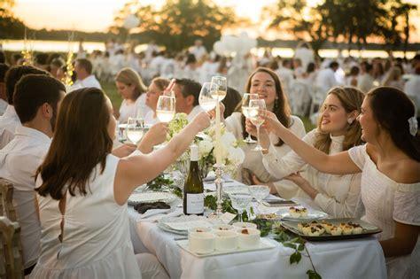 throw  elegant  white dinner party