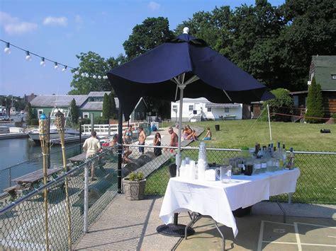 castaways yacht clubs pool  patio lounge  york
