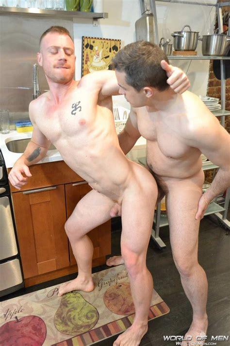 Gay hookup places in nyc vill du träffa enda mannen jpg 682x1024