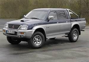 Mitsubishi L200 Service  U0026 Repair Manual  1997 1998 1999 2000 2001 2