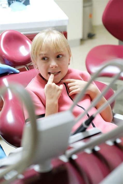 Kur meklēt akūtu zobārsta palīdzību bērniem un ...