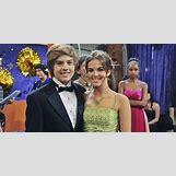 Zoey Deutch And Josh Hutcherson Dating   700 x 350 jpeg 44kB