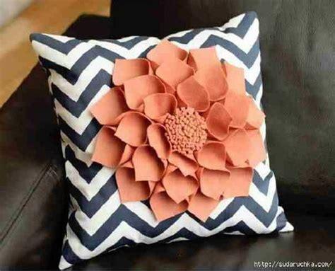 diy throw pillows 30 easy diy decorative pillow tutorials ideas