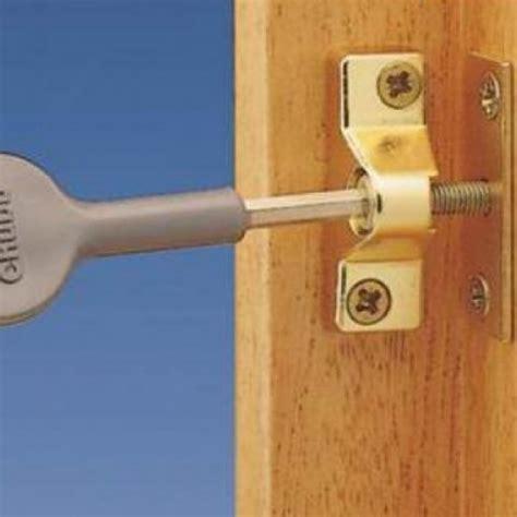 chubb  multi pack wooden casement window lock