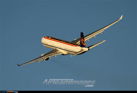 Airbus A330-322 - Large Preview - AirTeamImages.com