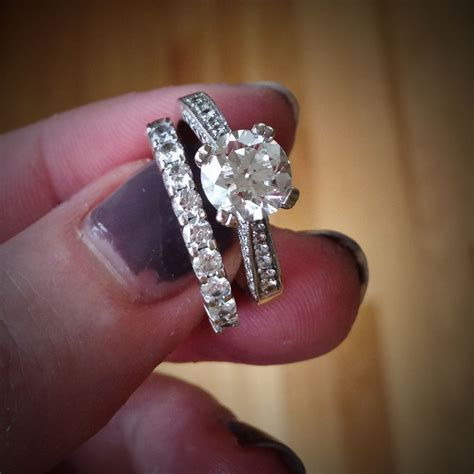how to get rid of a rash your wedding rings fyi