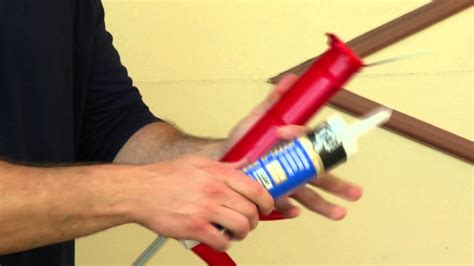 How To Use A Red Cushions In Decorating: How To Use A Caulk Gun