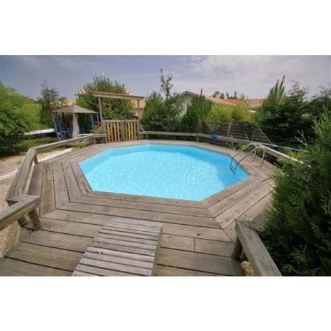 installez une piscine en bois enterr 233 e dans votre jardin