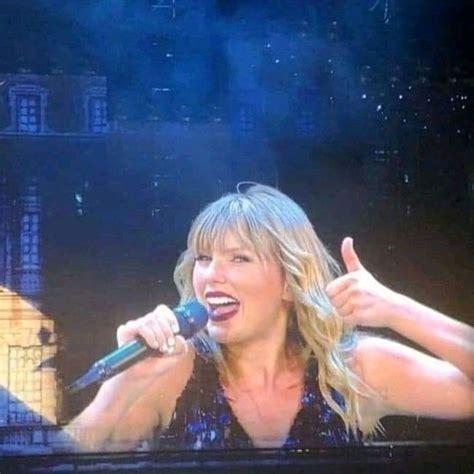 Taylor Swift in 2020   Taylor swift funny, Taylor swift ...