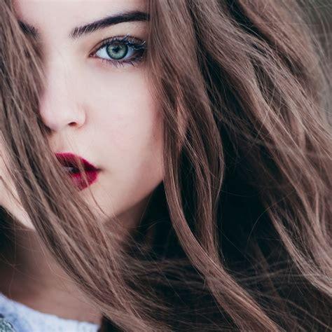 description d'une jolie et jeune fille # PORTRAIT PHYSIQUE ET MORALE